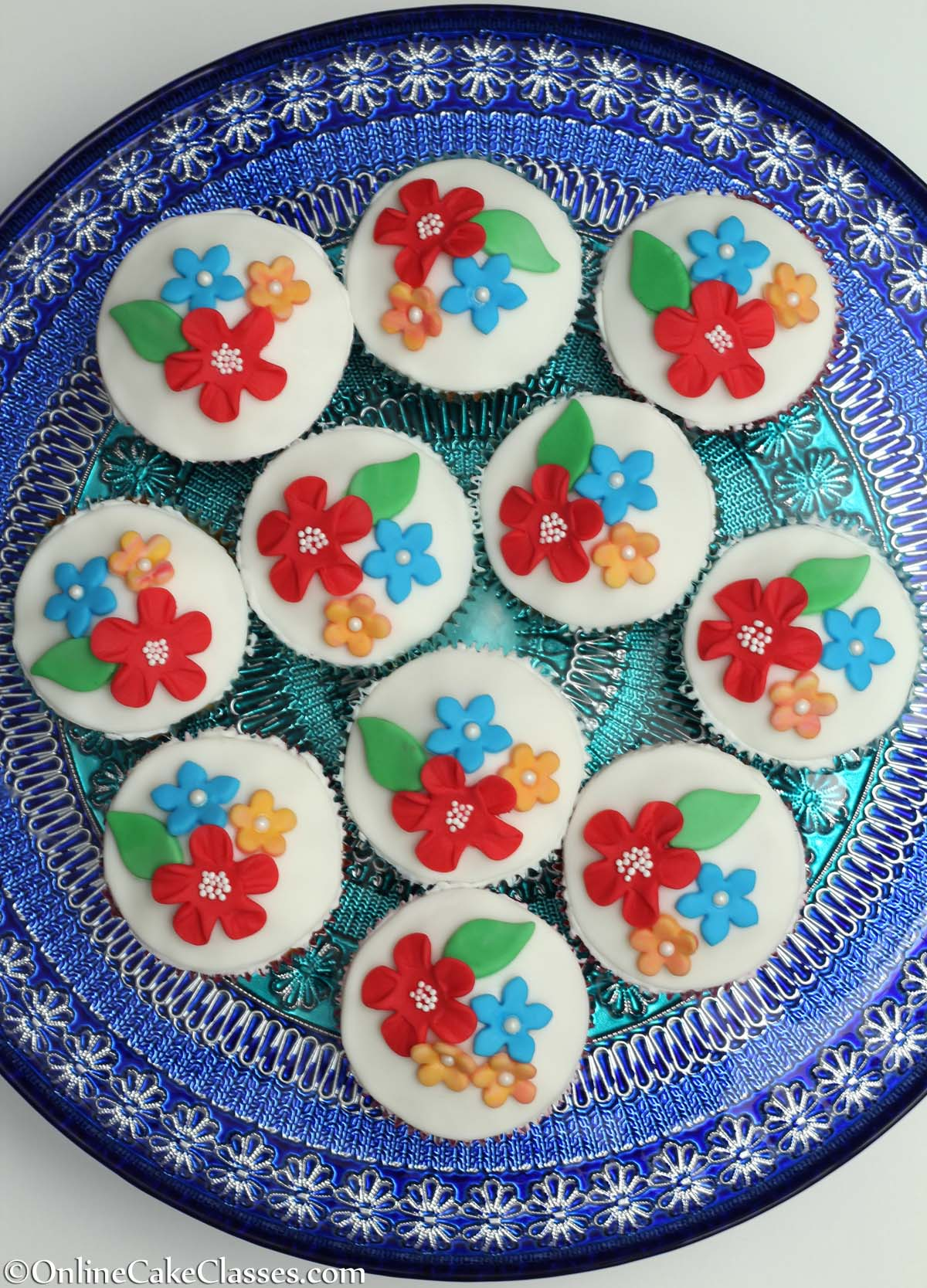 Vanilla Cup Cakes with flowers